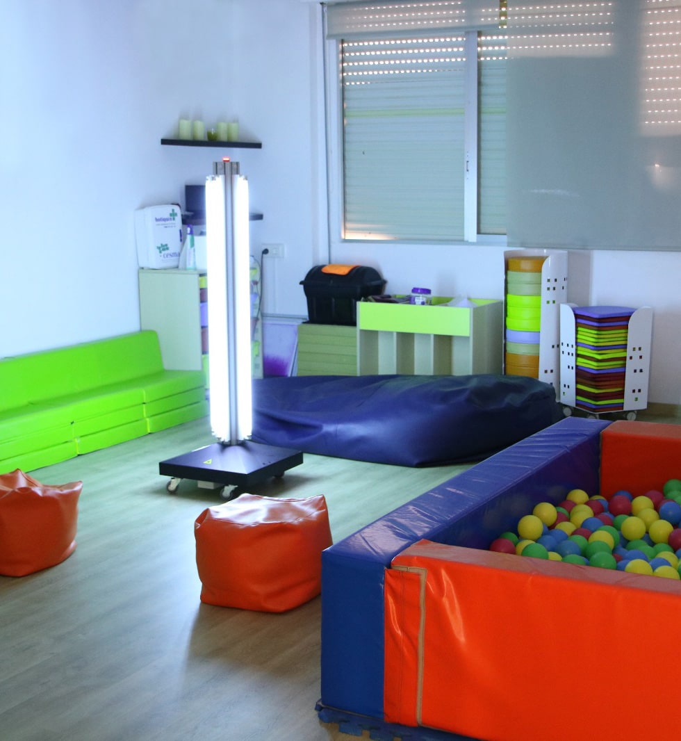Columna de lámparas de luz ultravioleta