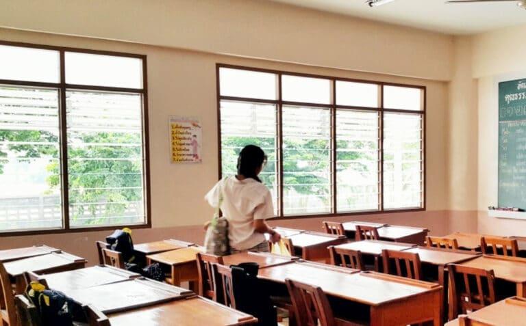 Ventilación aula apertura de ventanas